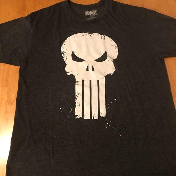 e8ceda498 Men's Marvel Punisher T-Shirt. M_5ab5a846d39ca2c6b36805df
